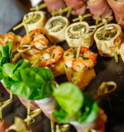 110-Jahre-Buehne-Baden-Galadinner-DoN-Catering-Wien-Fingerfood