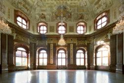 Schloss_Belvedere_Marmorsaal