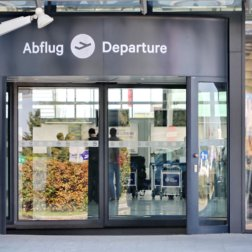 Linz Airport DoN Catering Abflug