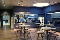 AUA Lounge am Flughafen Wien - Getränkebar