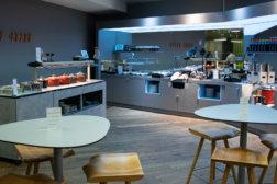 AUA Lounge am Flughafen Wien - Buffet