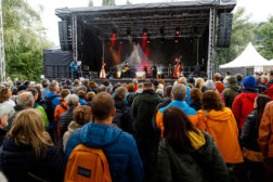 25-Jahre-IKB-DoN-Catering-Innsbruck-Buehne-_c_ThomasSteinlechner-1