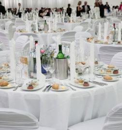 DoN-Catering-Linz-100-Jahre-VOG-Tische-1