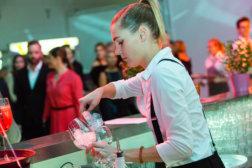 Krone-Sport-Gala-2017-DoN-Catering-Linz-Barkeeperin