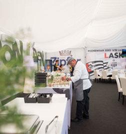 LASK-Linz-VIP-DoN-Catering-Buffetaufbau