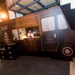 Welt-der-Genuesse-DoN-Catering-Innsbruck-Food-Truck-1