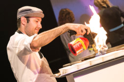 Welt-der-Genuesse-Linz-DoN-Catering-flambiert